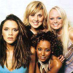 Spice Girls photoshoot for TV hits magazine in London in October, 2000! ✌️ #spicegirls #Forever #TV #magazine #photoshoot #London #Posh #Sporty #Baby #Scary #VictoriaBeckham #MelanieC #MelB #EmmaBunton