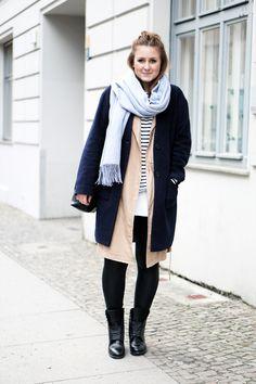 Fashion Week Streetstyle blue Coat Stripes Longvest Boots