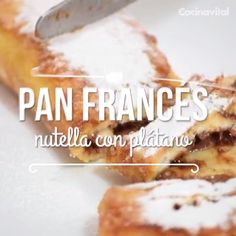 If you don& know what to eat for breakfast, this easy and quick recipe for French bread stuffed with nutella and banana is ideal for you. You can prepare it as a sweet dessert. Nutella, Comida Diy, Breakfast Recipes, Dessert Recipes, Deli Food, Tasty, Yummy Food, Food Videos, Sweet Recipes