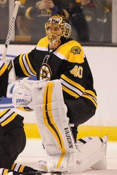 BOSTON, MA - MARCH 3: Tuukka Rask #40 of the Boston Bruins warms up before the game against the Montreal Canadiens at the TD Garden on March 3, 2018 in Boston, Massachusetts. (Photo by Steve Babineau/NHLI via Getty Images)
