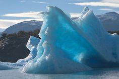Dosya:Tèmpanos (iceberg) Lago Argentino Brazo Norte Patagonia Argentina Luca Galuzzi 2005.JPG