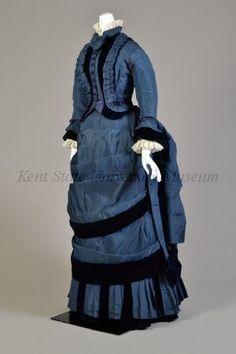 1870-1879, silk taffeta and velvet.