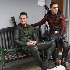 Less than 2 hours until the #Arrow finale! Enjoy this behind-the-scenes photo from Superhero Fight Club! @amelladventures @coltonlhaynes