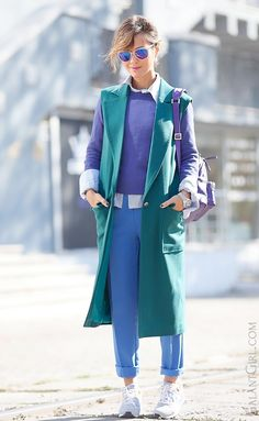 sporty+chic+style-with-waistcoat-green+colors+outfit