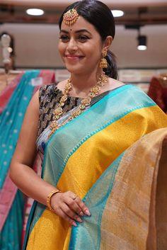Poorna in traditional wear Photograph of Shamna Kasim (Poorna) MADHUBANI PAINTINGS MASK PHOTO GALLERY  | I.PINIMG.COM  #EDUCRATSWEB 2020-07-27 i.pinimg.com https://i.pinimg.com/236x/21/2f/03/212f037c12a2a25fcbbd381b24f4df7e.jpg