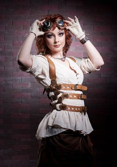 Steampunk its more than an aesthetic style, it's the longing for the past that never was. In Steampunk Girls we display professional pictures, and illustrations of Steampunk, Dieselpunk and other anachronistic 'punks. Some cosplay too! Steampunk Cosplay, Steampunk Mode, Arte Steampunk, Style Steampunk, Victorian Steampunk, Steampunk Clothing, Steampunk Fashion, Steampunk Accessoires, Steampunk Skirt