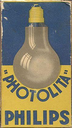 """Photolita"" Philips light bulb box view two, circa 1935 diseño retro Vintage Packaging, Vintage Labels, Vintage Ephemera, Vintage Signs, Vintage Ads, Vintage Posters, Vintage Graphic Design, Graphic Design Typography, Radios"
