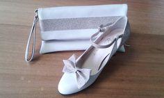Escarpin et pochette assortie, grège et pailleté. Créez chaussure à votre pied. www.chaussure-de-danse.com