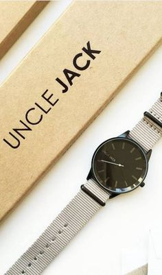 Dusty watch with minimalist design is your best mate this Summer!