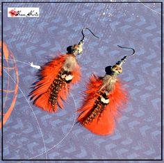 Boucles d'oreilles ethniques plumes et perles *Blanc Brun Orange* bijoux Boho indien bohémien style hippie : Boucles d'oreille par sunkris