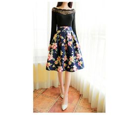 Vintage Style Floral Pleated Skirt