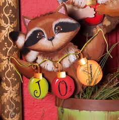 Rocky Raccoon Joy Ornaments Round Top C6088