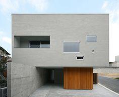 kikumi kusumoto builds car-friendly TER dwelling in toyota-shi, japan
