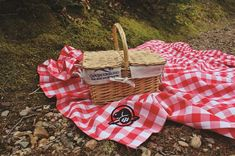 Pre-order a picnic and take your dining seaside! Your Perfect Picnic | Tourism Nova Scotia Parks Canada, Cape Breton, Vacation Packages, Your Perfect, Travel Deals, Nova Scotia, Glamping, Seaside, Tourism