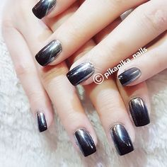 when your world going up side down  #셀프네일 #cute #metallicnails #fashion #art #watercolor #beauty #ネイルサロン #blingblingnails nails #naildesign #nailsalon #selfnail #nail #네일 #design #polish #wedding #watercolornail #ネイルアート #pikapika_nails #ネイル #nailswag #nailart #수채화네일 #젤아트 #starrynails #gelnail #mirrornails #nailpolish #shatteredglassnails