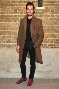 Jamie Dornan shows how it's all in the shoes