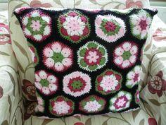 The black background really makes it pop.  [#crochet #africanflowerhexagon black background]