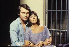 Rick and Leslie (Chris Robinson and Denise Alexander) Luke And Laura, 70s Tv Shows, Dramatic Arts, Soap Stars, Tv Soap, Movie Couples, I Still Love You, Childhood Memories, 1970s Childhood