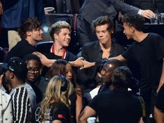 What's wrong harry, someone else is touching louis... Is that it?:)