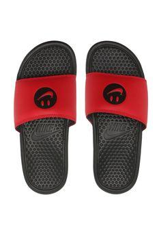 20c2639c560 Chinelo Slide Nike Sportswear Benassi Jdi Vermelho Preto