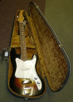 Vintage Vox Meteor Electric Guitar with Original Case and Strap Circa 1960s