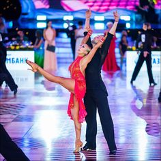 Pavel Zychaynyy and Oxana Lebedew - WDC World Championship Professional Latin Oct 2016 Kremlin
