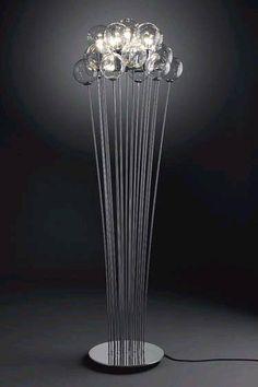 lampara-de-pie-con-esferas-arriba