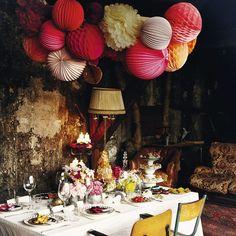 """Détails soignés dans ce décor tiré du livre """"Make my party"""" consacré aux tables de fêtes. -"""