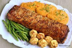 Cotlet de porc intreg la tava reteta de friptura rumena | Savori Urbane Romanian Food, Cordon Bleu, Pork Recipes, Sausage, Goodies, Food And Drink, Turkey, Diet, Chicken