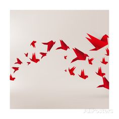 Origami Paper Bird on Abstract Background Affiches par Tarchyshnik Andrei sur AllPosters.fr