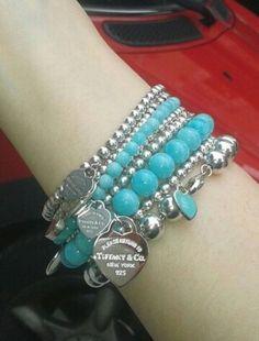Ideas Breakfast At Tiffanys Fashion Charm Bracelets Tiffany And Co Jewelry, Tiffany Bracelets, Pandora Bracelets, Pandora Jewelry, Charm Jewelry, Beaded Bracelets, Charm Bracelets, Bangles, Kate Spade Gifts