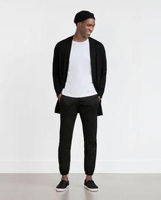 zaraのブラックカーディガン,ブラックスキニー,ホワイトTシャツを使ったメンズファッションコーディネート