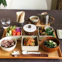 いいね!1,207件、コメント26件 ― fuchiさん(@fuchibiyori)のInstagramアカウント: 「2015.11.13 Fri. * 昨日の晩ごはんです。 どんぐり課長(蓋付き小鉢)の中は何でしょう♡ 献立&使った食材は次picに書きますね . #fuchicafe_ごはん」