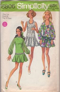 MOMSPatterns Vintage Sewing Patterns - Simplicity 8806 Vintage 70's Sewing Pattern ADORABLE Mod Twiggy Petite Babydoll Party Dress, Scoop Neck, Lace, Dropped Waist Circle Skirt, Sheer Balloon Sleeves