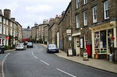 The village of Askrigg in Wensleydale was used as a location in 'All Creatures Great and Small'. Yorkshire Dales, North Yorkshire, James Herriot, England, Amazing Destinations, Places Ive Been, Britain, United Kingdom, To Go