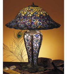 Tiffany Stained Glass Peacock Feathers Lighted Base Table Lamp