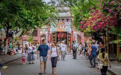 Street of Hoi An Ancient Town. World Cultural Heritage site. (Da Nang, Vietnam)