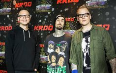"Blink-182 share new song ""Parking Lot"" from California deluxe edition — listen - PUNX.UK  http://punx.uk/blink-182-share-new-song-parking-lot-from-california-deluxe-edition-listen/"