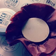 So good is Batch beer and so good is Batch shave soap! This particular batch of shave soap is made from the Batch's Xmas brew, rich, warm and earthy aromas...perfect for winter. #batch #wetshave #midwinterchristmas #mensstyle #allnatural #shaveoftheday #mensgrooming