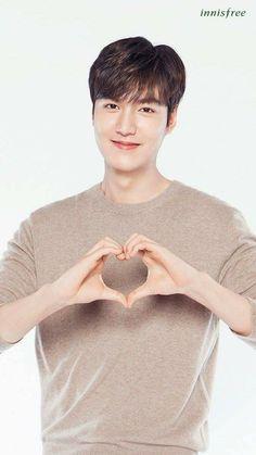 I love you too,oppa. New Actors, Actors & Actresses, Asian Actors, Korean Actors, Lee Min Ho Wallpaper Iphone, Korean Celebrities, Celebs, Lee Min Ho Smile, Lee Min Ho Dramas