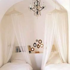 Marie Claire Maison The simplest way of course, is to drape mosquito netting over the bed. Here it is done very romantically with the addition of the crystal chandelier above and crisp white linens on the bed . Guest Bedrooms, Girls Bedroom, Bedroom Ideas, Guest Room, Beach Bedrooms, Bedroom Themes, Nursery Ideas, Room Inspiration, Interior Inspiration