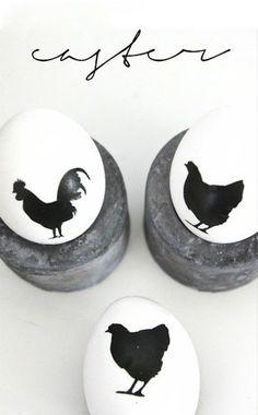 Ostereier in Schwarz Weiß hühner