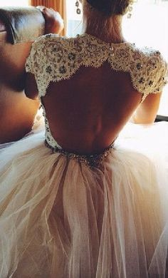 Love this so cute backless wedding dress #weddingdress
