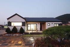 주택 디자인 검색: 햇살품은 미니멀리즘 주택 [용인 방아리] 당신의 집에 가장 적합한 스타일을 찾아 보세요