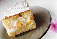 Barackos-tejfölös sütemény recept képpel. Hozzávalók és az elkészítés részletes leírása. A barackos-tejfölös sütemény elkészítési ideje: 62 perc