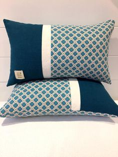 Linen Cushion Cover Teal and Turquoise Color Block Pillow Cover~Blue Quatrefoil Throw Pillow Cover~Unique Pillow Cushion Cover Designs, Cushion Covers, Throw Pillow Covers, Throw Pillows, Burlap Pillows, Sewing Pillows, Decorative Pillows, Modern Pillows, Creation Deco