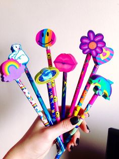Ahhh! I love pencils w/ these cool erasers
