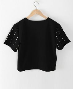 Oversized and Cropped Black T-shirt