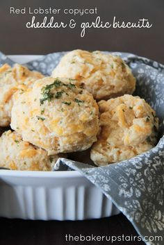 Red Lobster Copycat Cheddar and Garlic Biscuits from The Baker Upstairs. These delicious soft and savory biscuits may just be better than the original!  http://www.thebakerupstairs.com