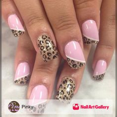 Opting for bright colours or intricate nail art isn't a must anymore. This year, nude nail designs are becoming a trend. Here are some nude nail designs. Fancy Nails, Trendy Nails, Pink Nails, Pink Pedicure, French Pedicure, Pedicure Ideas, Colorful Nail Designs, Cute Nail Designs, Animal Nail Designs
